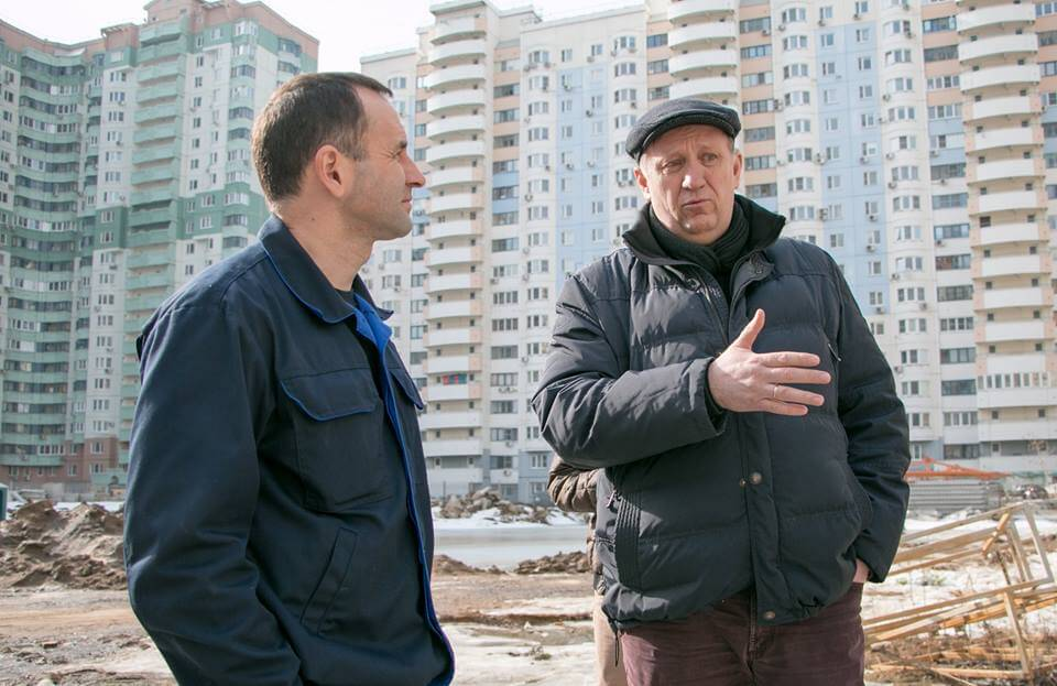 Михаил Сапунов проверил ход строительства школы в Павшинской пойме