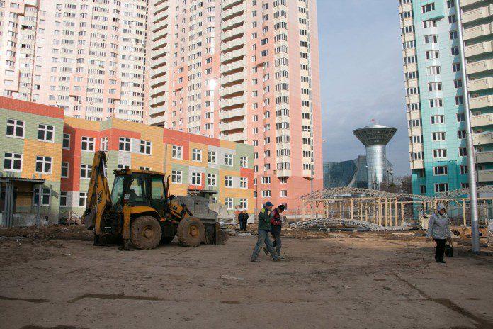 Контроль строительства детских садов в Павшинской пойме