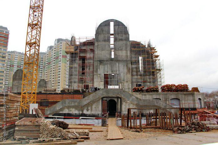 В новом храме в Павшинской пойме будет лифт для прихожан