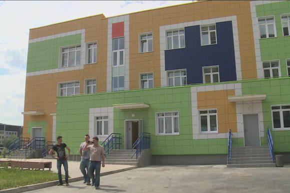 Поликлинику, школу и детсады в Павшинской пойме достроят до конца года