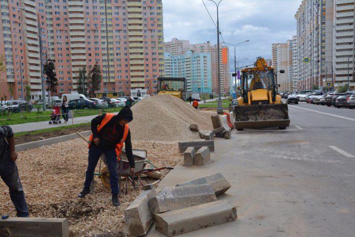 Около 12 тыс машиномест намерены оборудовать в Павшинской пойме до конца года
