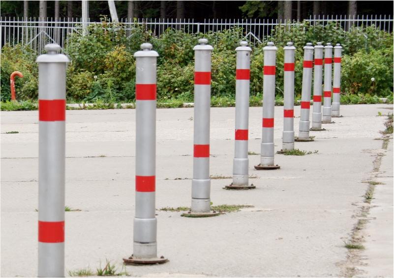 Около 1,5 тыс противопарковочных столбиков установят в Павшинской пойме