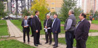 Павел Стариков оценил ход строительства парковок в Павшинской Пойме