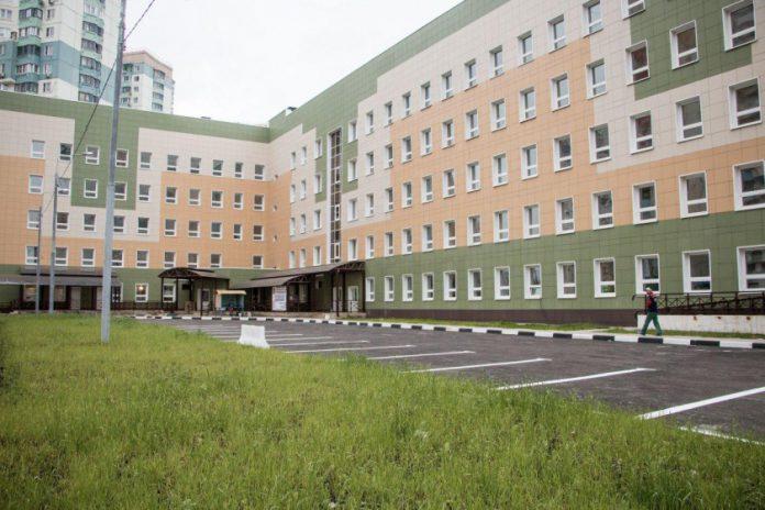 Строящаяся поликлиника в Павшинской пойме оснащена оборудованием на 11 миллионов рублей
