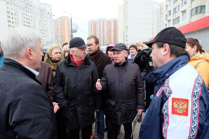 Жители Павшинской поймы активно включились в обсуждение схемы парковочных мест