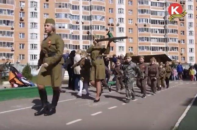 Необычный парад Победы прошел в Павшинской пойме
