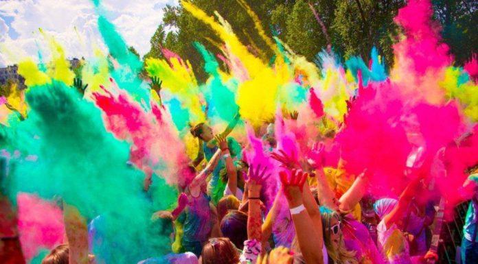 Фестиваль красок Holi пройдет в Павшинской пойме