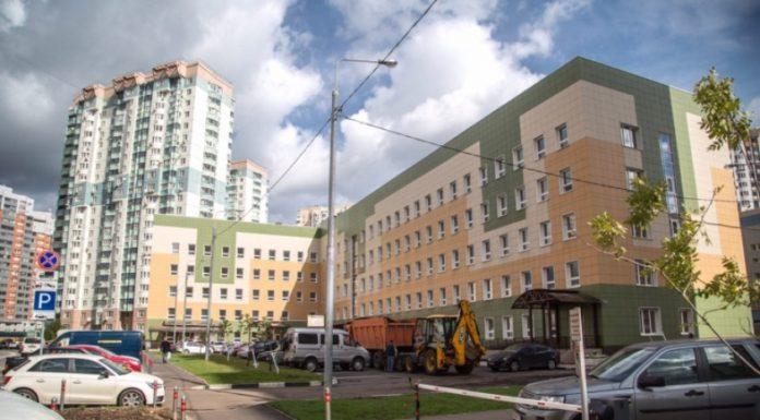 Поликлиника в Павшинской пойме принимает первых посетителей