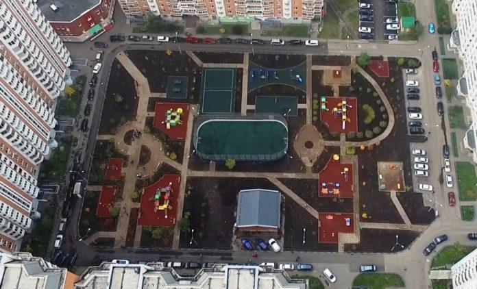 Благоустройство дворовых территорий в Павшинской пойме в 2018 году