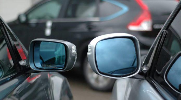 «Коллекционер» боковых зеркал орудует в Павшинской Пойме