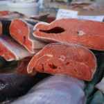 Пять с половиной тонн красной рыбы похитил шеф-повар в ТЦ Vegas
