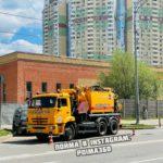 288 кубометров ила вывезли с ливневого коллектора в Павшинской пойме